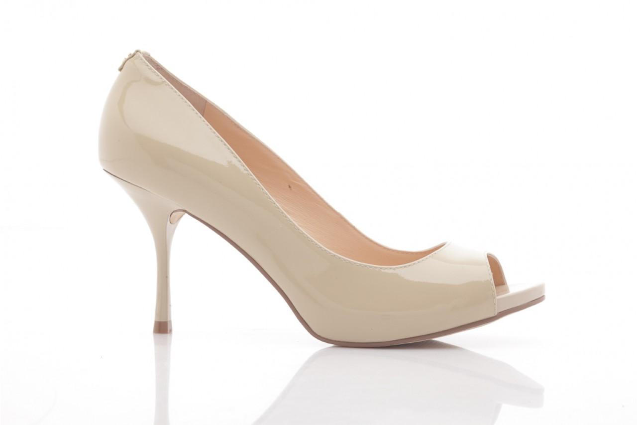 Szpilki guess fl1harpat07 sand, bez, skóra naturalna lakierowana - peep toe - szpilki - buty damskie - kobieta 6
