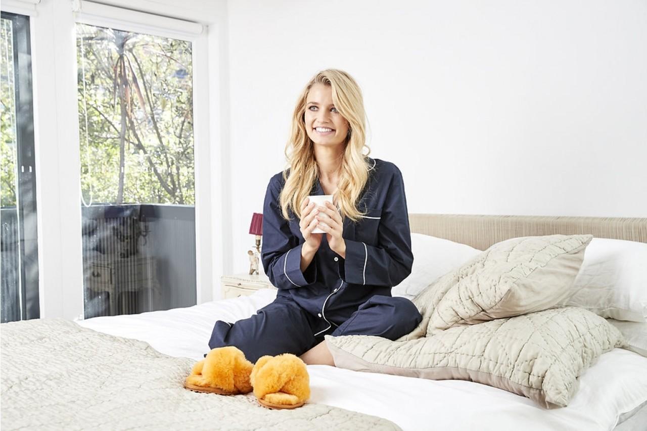 Klapki emu mayberry mustard, futro naturalne - bloggers love - trendy - kobieta 5
