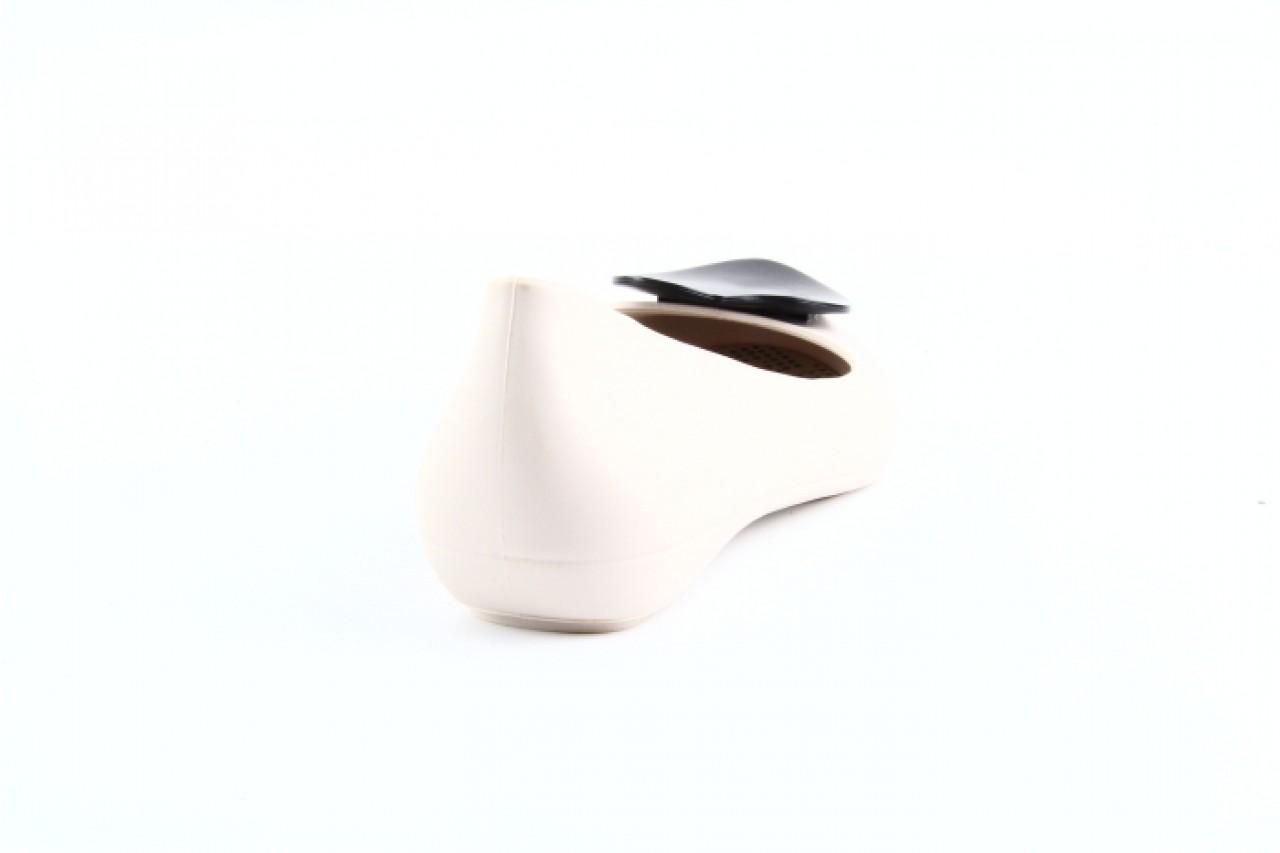Mel pop heart sp ad beige-black 6