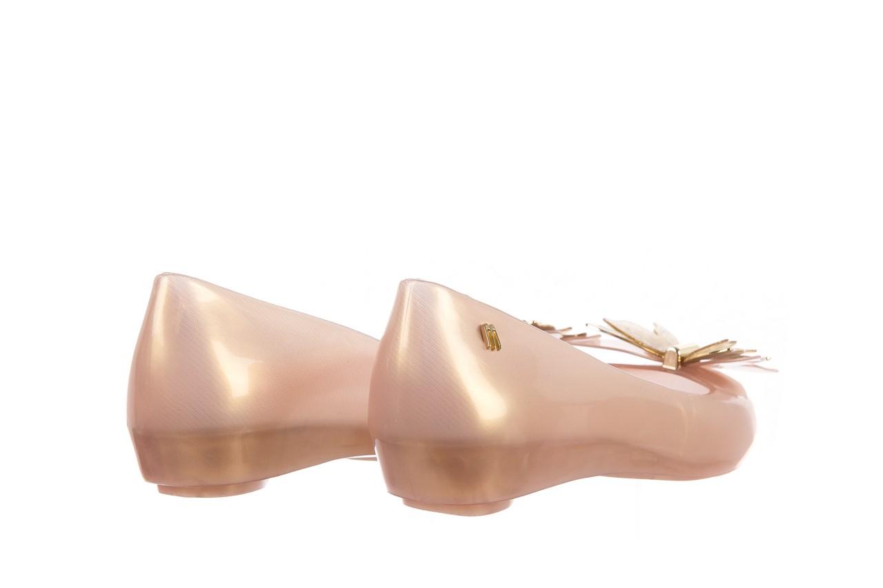 Baleriny melissa ultragirl fly ad pearlized beige, złoty, guma - melissa - nasze marki 10