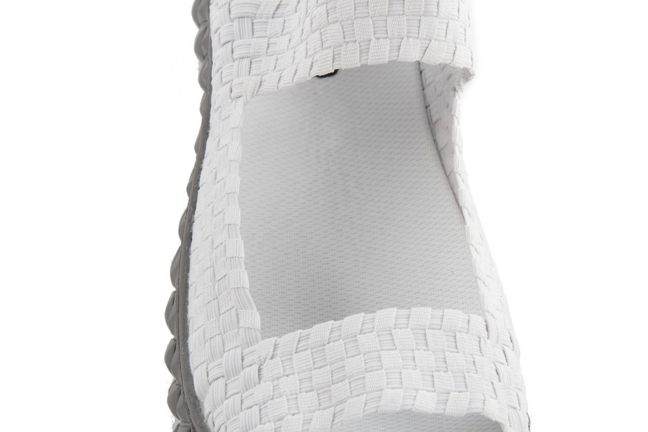 Sandały rock sandal 2 closed white, białe, materiał 14