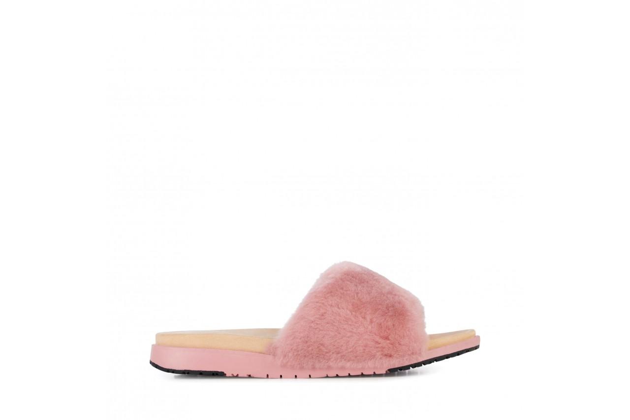 Klapki emu robe dusty pink, róż, futro naturalne  - emu - nasze marki 6