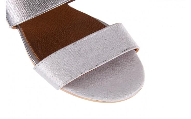 Sandały bayla-112 0410-120 white satin, biały, skóra naturalna  - koturny - buty damskie - kobieta 5