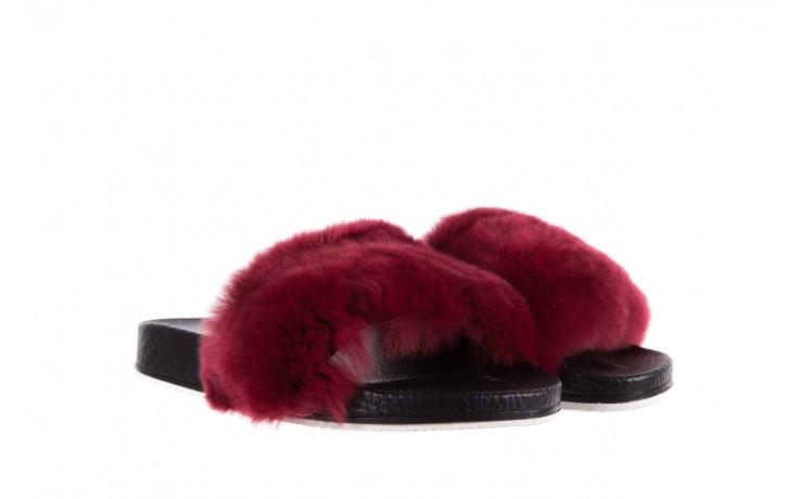 Klapki bayla-112 0479-17194 burgundy furry, bordo/czarny, skóra naturalna  - bayla - nasze marki 1