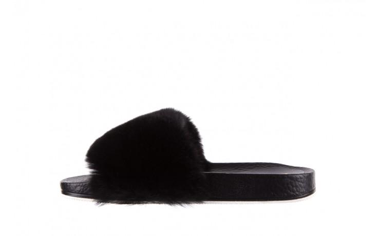 Klapki bayla-112 0479-17194 black furry, czarny, skóra naturalna  - piankowe - klapki - buty damskie - kobieta 2