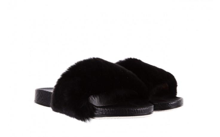 Klapki bayla-112 0479-17194 black furry, czarny, skóra naturalna  - piankowe - klapki - buty damskie - kobieta 1