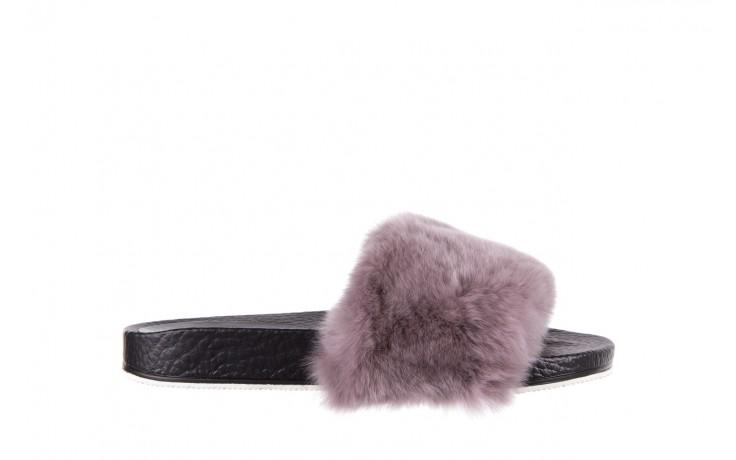 Klapki bayla-112 0479-17194 mink furry, czarny/szary, skóra naturalna - klapki - letnie hity cenowe