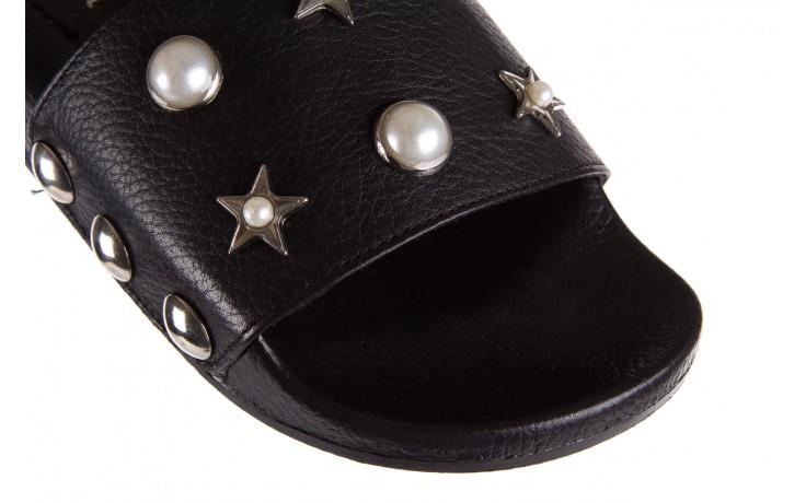 Klapki bayla-112 0550-096 black, czarny, skóra naturalna  - piankowe - klapki - buty damskie - kobieta 5