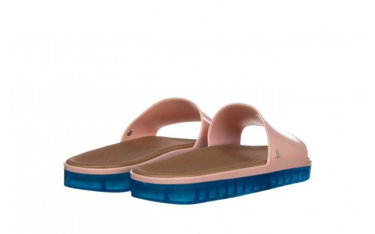 Klapki melissa beach slide next gen ad pink blue 010339, róż, guma - klapki - buty damskie - kobieta 3