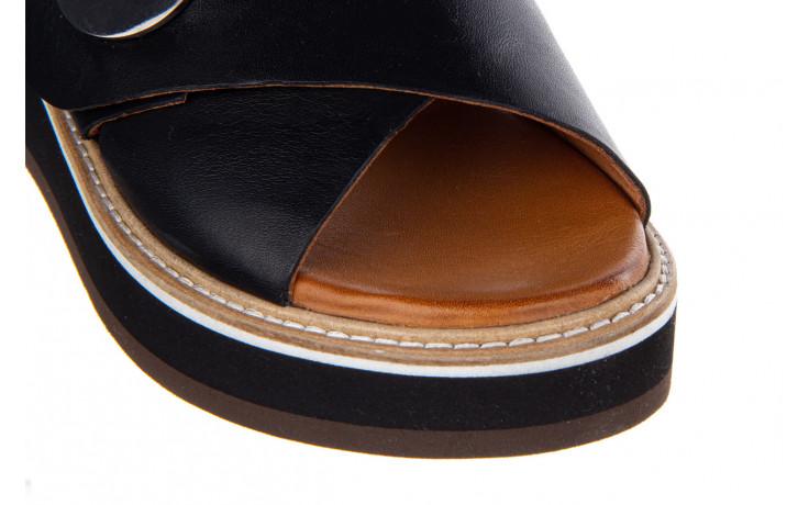 Klapki bayla-161 105 2006 black 161211, czarny, skóra naturalna  - bayla - nasze marki 5