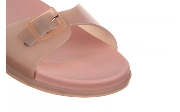 Klapki melissa wide slide ad soft pink pink transparent 010360, róż, guma - klapki - buty damskie - kobieta 5