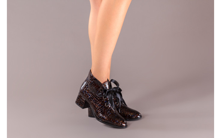 Botki bayla-194 9347 1743 brąz 194003, skóra naturalna lakierowana  - skórzane - botki - buty damskie - kobieta 2