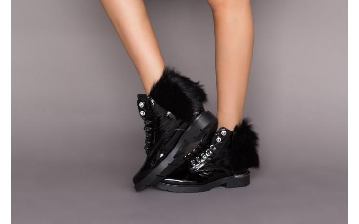 Trzewiki bayla-161 068-9015 black patent, czarny, skóra naturalna lakierowana  - trzewiki - buty damskie - kobieta 2