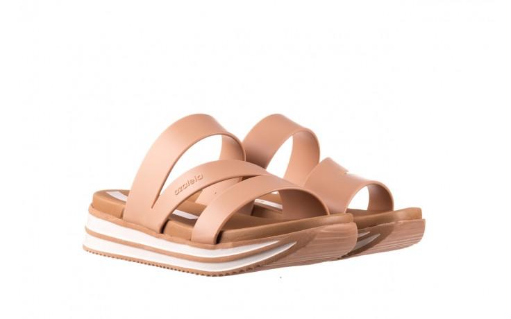 Klapki azaleia 260 496 nude, beż, guma  - klapki - buty damskie - kobieta 1