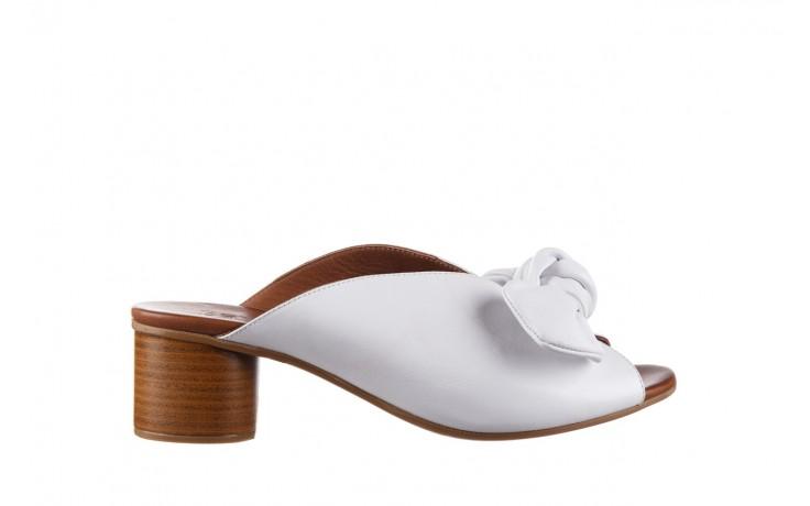 Klapki bayla-161 061 1029 white, biały, skóra naturalna  - klapki - dla niej  - sale