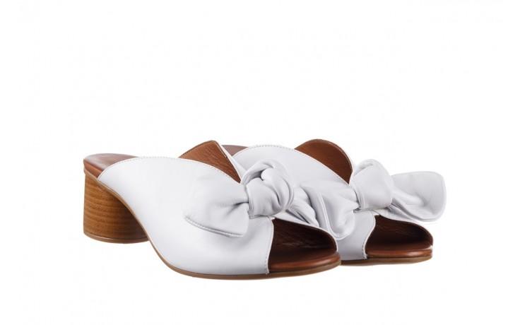 Klapki bayla-161 061 1029 white, biały, skóra naturalna  - klapki - dla niej  - sale 1