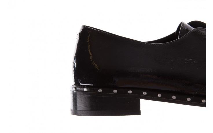 Półbuty bayla-176 8597 czarne półbuty, skóra naturalna lakierowana - mokasyny i lordsy - półbuty - buty damskie - kobieta 7