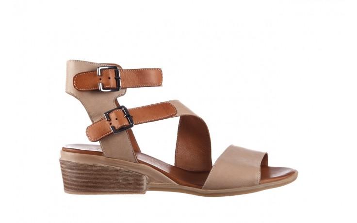 Sandały bayla-161 061 1605 mouton tan, beż, skóra naturalna - koturny - buty damskie - kobieta