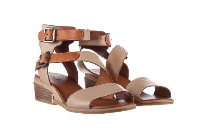 Sandały bayla-161 061 1605 mouton tan, beż, skóra naturalna - koturny - buty damskie - kobieta 1