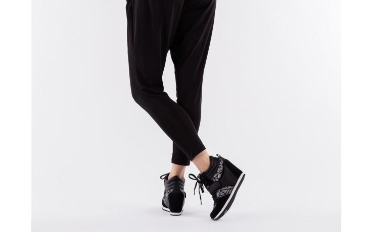 Calvin klein jeans viridiana metallic silver-black - calvin klein jeans - nasze marki 6