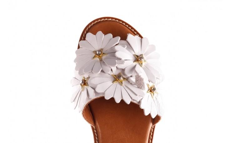 Klapki bayla-190 285 630 77, biały, skóra naturalna  - klapki - dla niej  - sale 6