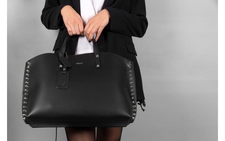 Torebka bayla-180 czarna torebka ze skóry loren - akcesoria - kobieta 2