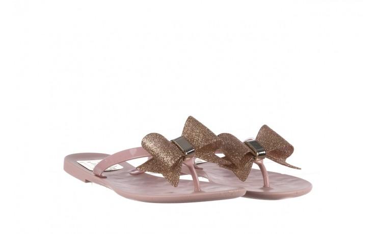 Klapki t&g fashion 22-1368315 rosa, róż, guma - klapki - buty damskie - kobieta 1