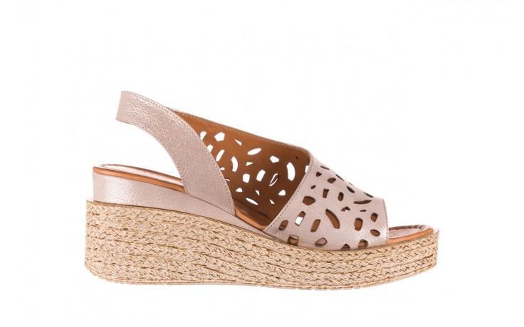Sandały bayla-112 0414-1390 beż, skóra naturalna  - koturny - buty damskie - kobieta