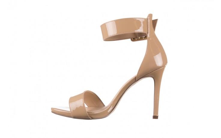 Sandały bayla-065 6189496 beż, skóra naturalna lakierowana 2