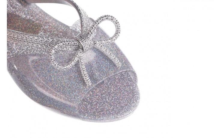 Klapki melissa ela chrome ad holographic glitter, srebrny, guma - gumowe/plastikowe - klapki - buty damskie - kobieta 5