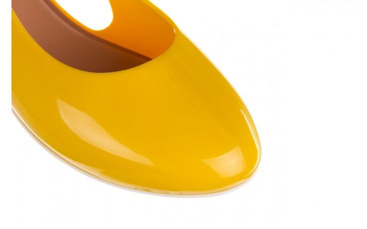 Sandały melissa lipstick ad yellow brown white, żółty, guma  - melissa - nasze marki 6