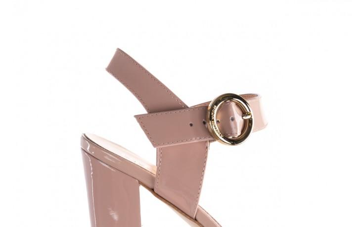 Sandały bayla-056 8023-430 beż lakier, skóra naturalna  - skórzane - sandały - buty damskie - kobieta 5
