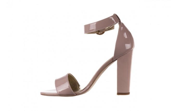 Sandały bayla-056 8024-430 beż lakier, skóra naturalna  - na obcasie - sandały - buty damskie - kobieta 2