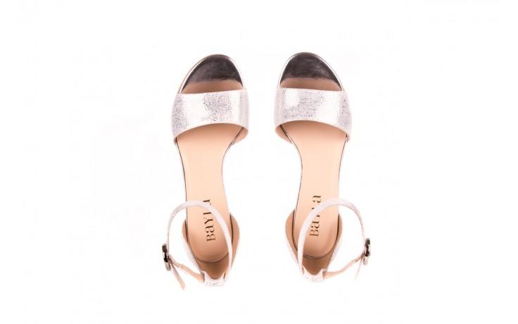 Sandały bayla-056 7049-1152 srebrno-białe sandały, skóra naturalna - bayla - nasze marki 4