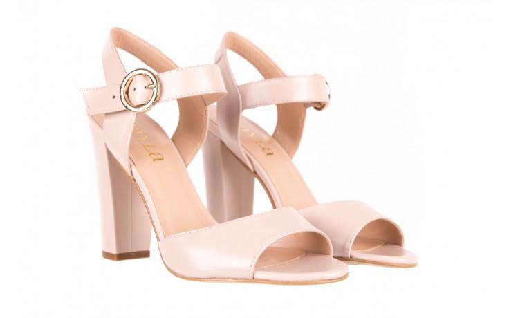 Sandały bayla-056 8023-203 beżowe sandały 19 - na obcasie - sandały - buty damskie - kobieta 1