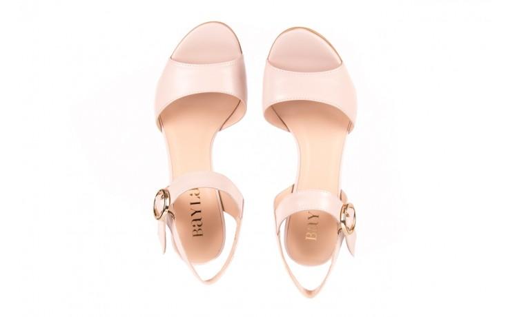 Sandały bayla-056 8023-203 beżowe sandały 19 - na obcasie - sandały - buty damskie - kobieta 4