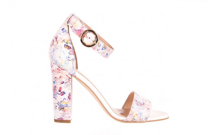 Sandały bayla-056 8024-1292 białe sandały w kwiaty, skóra naturalna  - bayla - nasze marki