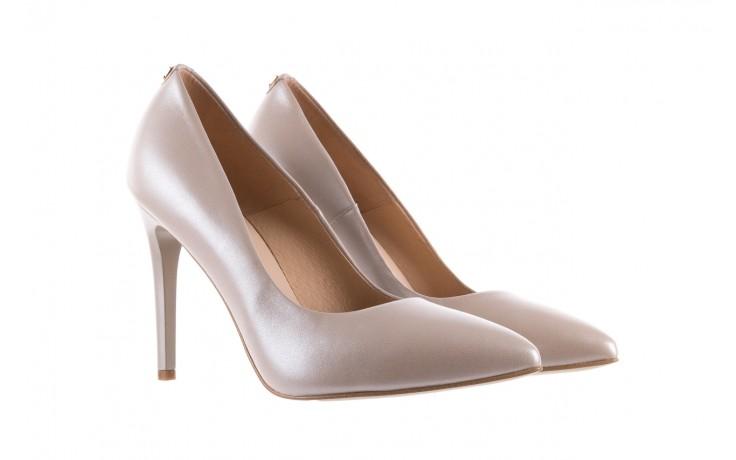 Czółenka bayla-056 9035-1422 szampańskie perłowe czółenka, skóra naturalna  - kolekcja ślubna - trendy - kobieta 1