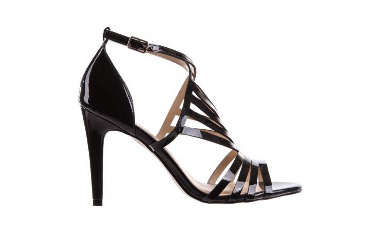 Sandały bayla-065 1388115 col preto, czarny, skóra ekologiczna lakierowana  - bayla - nasze marki