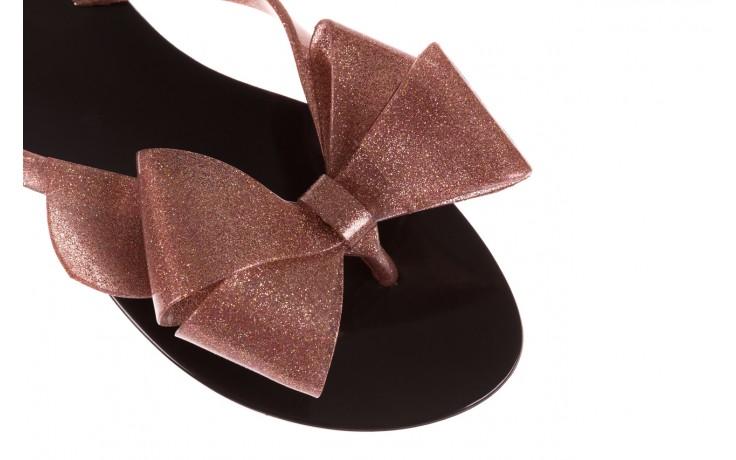 Klapki melissa harmonic bow iii ad black glitter rose, róż/czarny, guma - japonki - klapki - buty damskie - kobieta 5