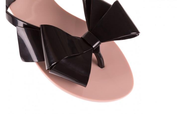 Klapki melissa harmonic bow iii ad pink black, róż/czarny, guma - melissa - nasze marki 5
