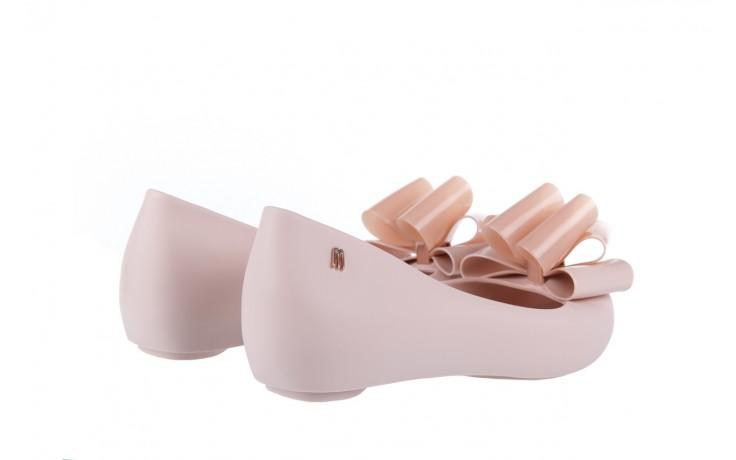 Baleriny melissa ultragirl sweet x ad light pink, róż, guma - melissa - nasze marki 3