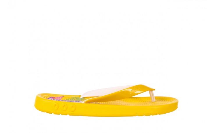 Klapki kiss 026 yellow or neon, żółty, guma - azaleia - nasze marki