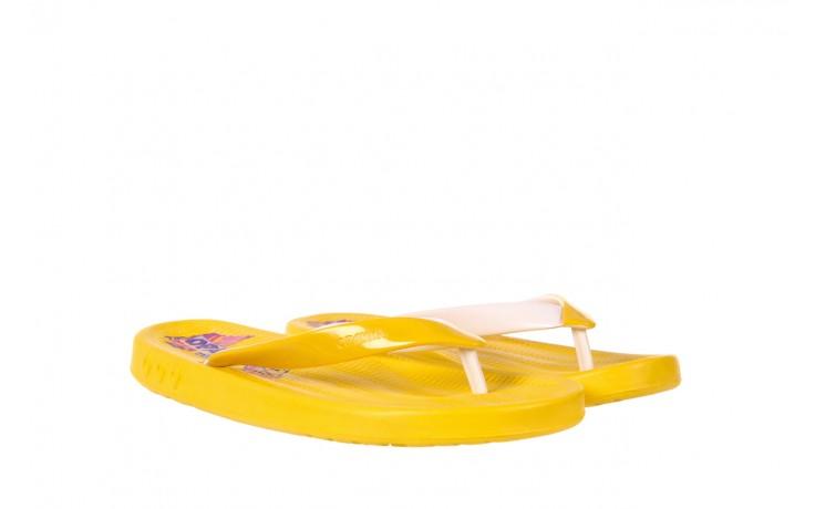 Klapki kiss 026 yellow or neon, żółty, guma - azaleia - nasze marki 1